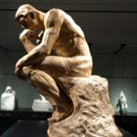 SAINT-MARTIN-D'ARY : LA SCIERIE FAIT L'ACQUISITION DE LA STATUE DU PONCEUR DE RONDIN